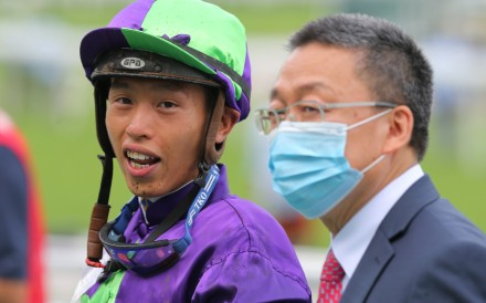 Vincent Ho with trainer Francis Lui after a winner on Wednesday. Photos: Kenneth Chan