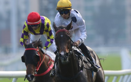 Golden Sixty cruises to victory in the Group Two Oriental Watch Sha Tin Trophy. Photo: Kenneth Chan