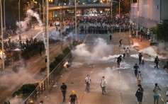 Tear gas is fired outside Pacific Place in Admiralty. Photo: Nora Tam