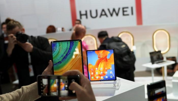 Smartphone shipments plummet because of Covid-19 pandemic