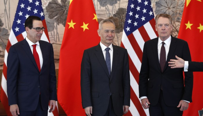 Is China's trade team being hampered by poor communication, inexperience?