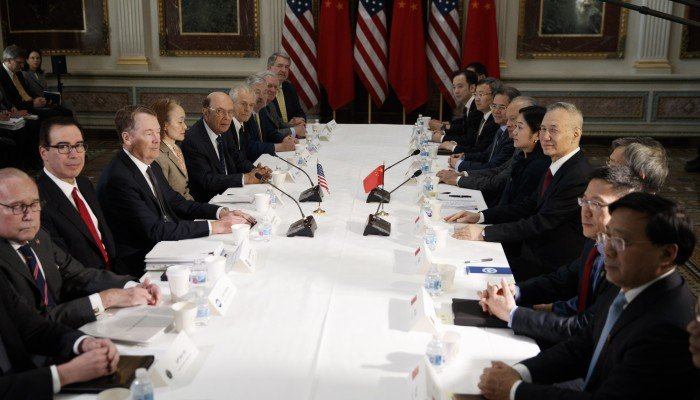 China, US said to be wrangling over text before trade talks can resume