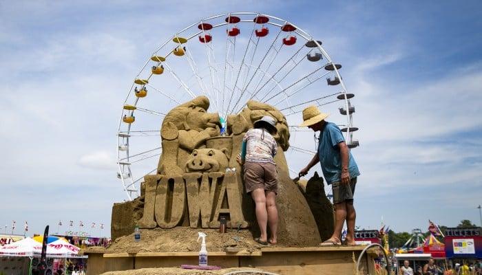 Animals, fun and games at Iowa State Fair