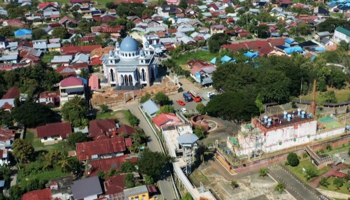 The team on a mission to count every mosque in Indonesia