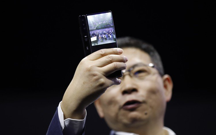 Huawei Targets 50 Per Cent Smartphone Market Share In China On Way To Wresting Global Crown From Samsung