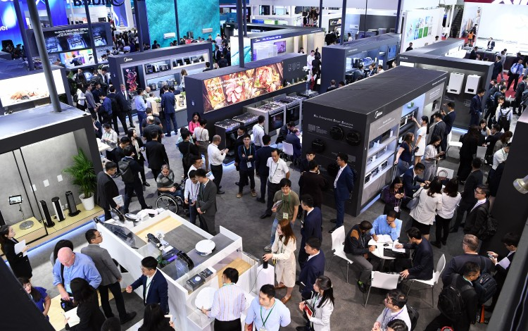 China's Belt And Road Plan Helping Foreign Firms And Hurting Mainland Exporters, Say Canton Fair Exhibitors