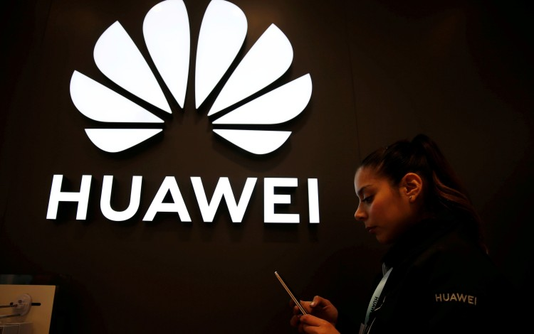 US Senators Seek To Lock In Limits On Huawei And Keep It Out Of Trade Talks
