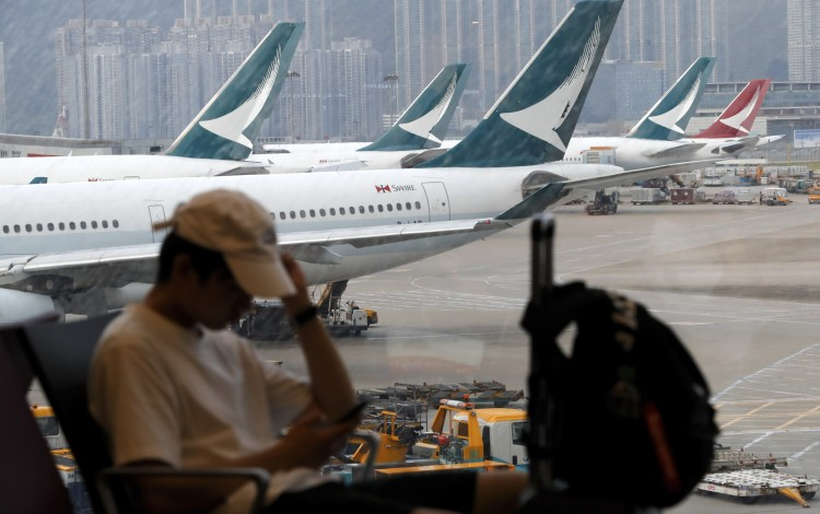 Cathay Pacific's Majority Shareholder Pressed Into Condemning 'violent' Hong Kong Protests