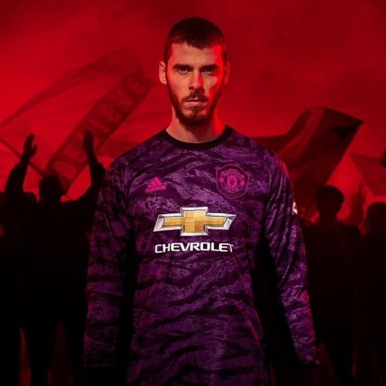 Manchester United's new kit celebrating 1999 treble gets