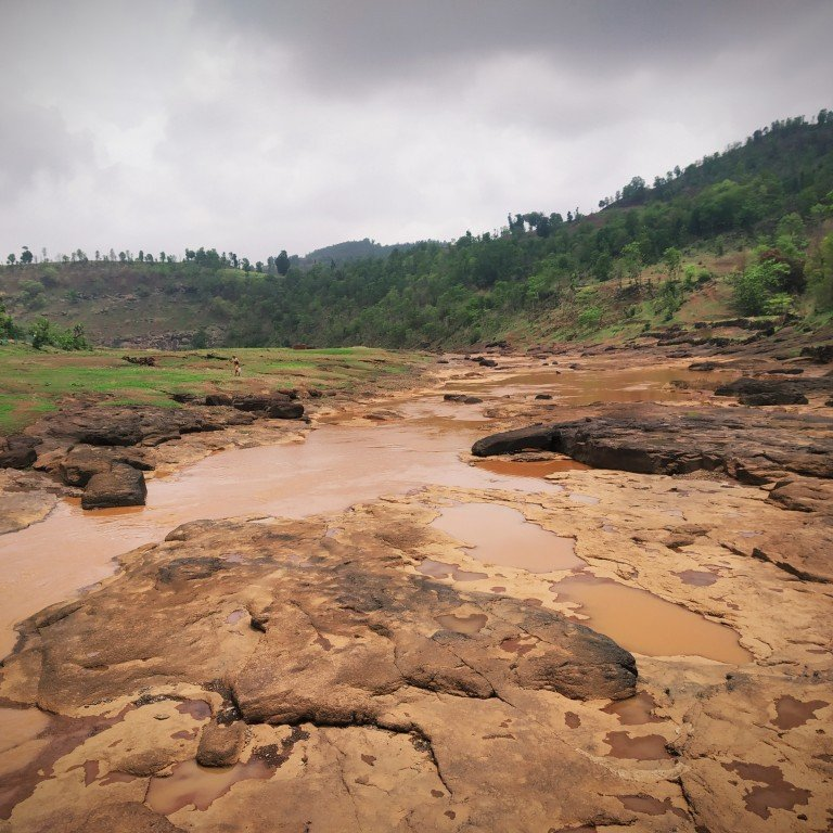 India's deadly drought: villagers in Mokhada battle sleepless nights