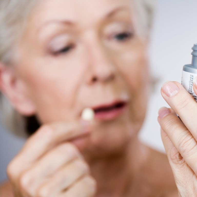 Many medicines prescribed to the elderly interfere with their cognitive functions and are associated with a higher risk of dementia. Photo: Alamy