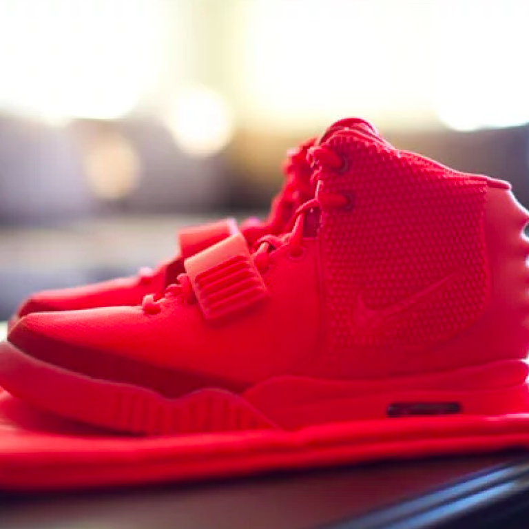 nike yeezy red october