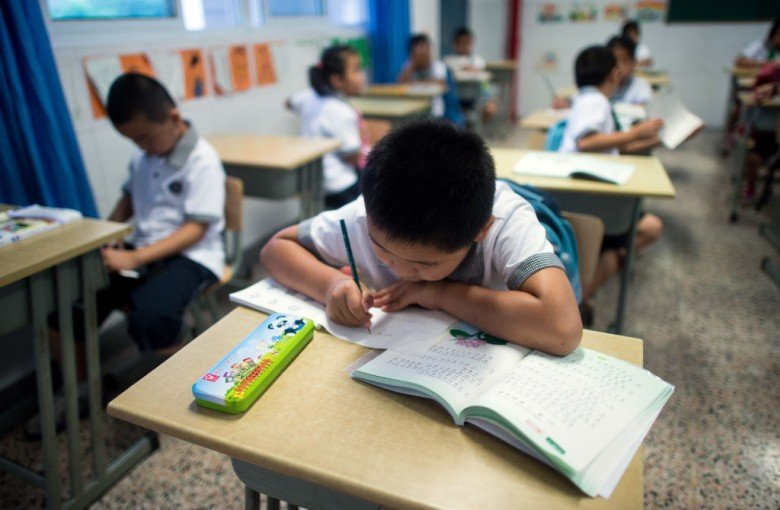 China clamps down on token foreign teachers
