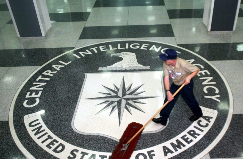 Ex-CIA officer says he spied for China