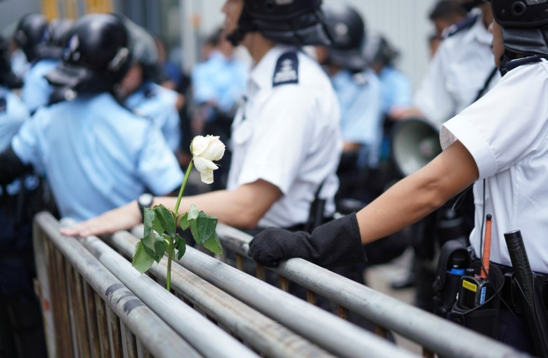 Mainland Chinese evade censors to support Hong Kong protests