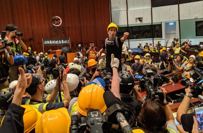 US graduate student gives exclusive account of Hong Kong protest