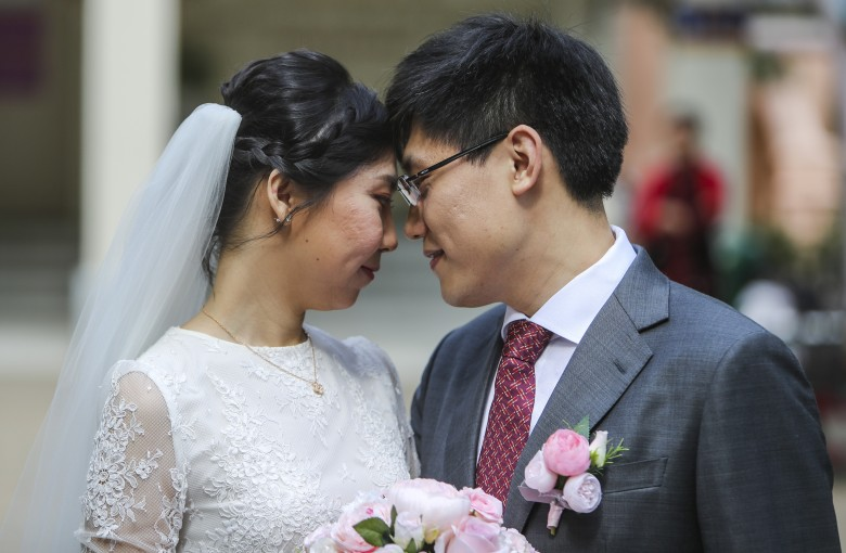 Marriages in China hit 11-year low. Here's why that means trouble