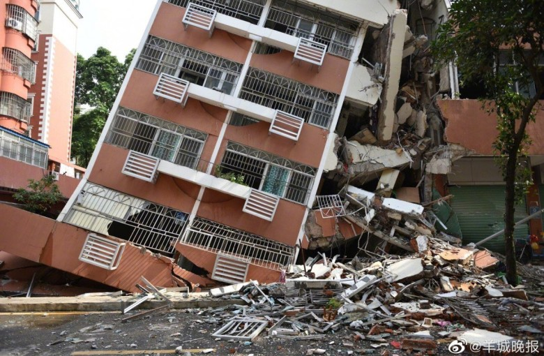 In Shenzhen, apartments near a collapsed building are in high demand