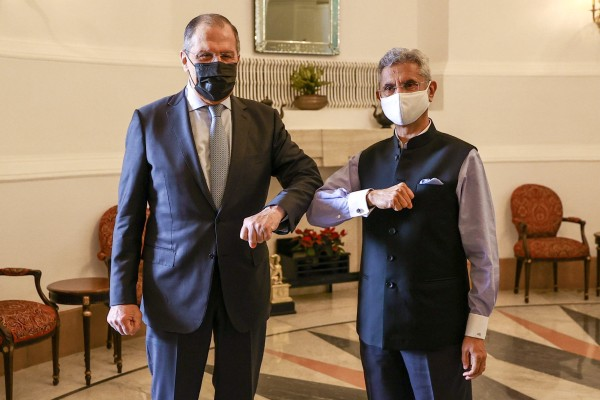 Russian Foreign Minister Sergey Lavrov with his counterpart S. Jaishankar. Photo: Reuters