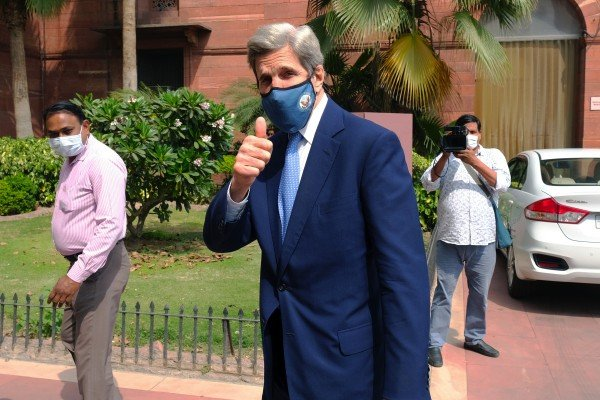 John Kerry, US special presidential envoy for climate, gestures as he arrives at the Ministry of Finance in New Delhi on Tuesday. Photo: Bloomberg
