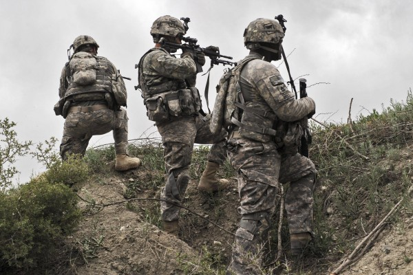 US soldiers take position during a patrol in Ibrahim Khel village of Afghanistan's Khost province in April 2010. Photo: AFP