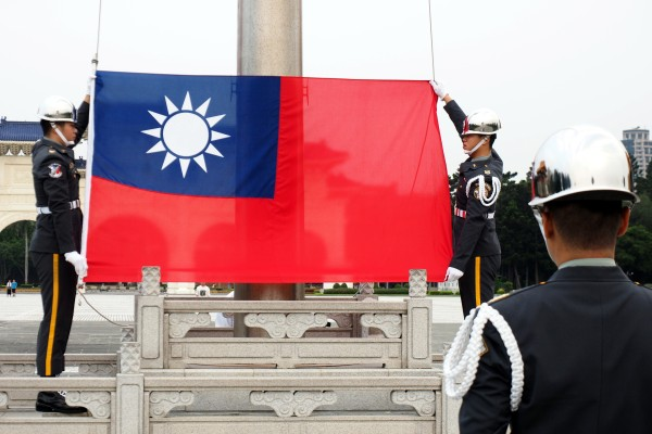 On the eve of a visit by former US politicians to Taiwan at the request of US President Joe Biden, the US State Department said it would issue new guidelines to enable US officials to meet more freely with officials from Taiwan. Photo: EPA-EFE