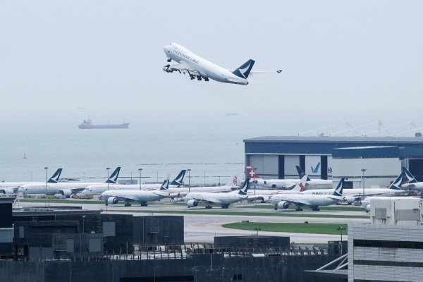 Crews on Cathay Pacific cargo flights will now be able to skip quarantine if they are flying in from six countries deemed low risk. Photo: Bloomberg