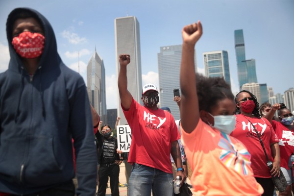 People participate in a Juneteenth rally in Chicago on June 19, 2020. Photo: AFP