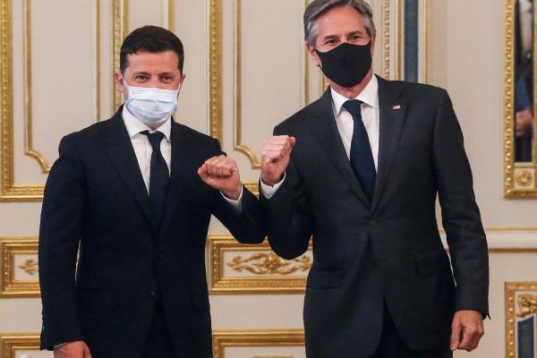 Ukraine's President Volodymyr Zelensky (left) with US Secretary of State Antony Blinken in Kiev on Thursday. Photo: AFP