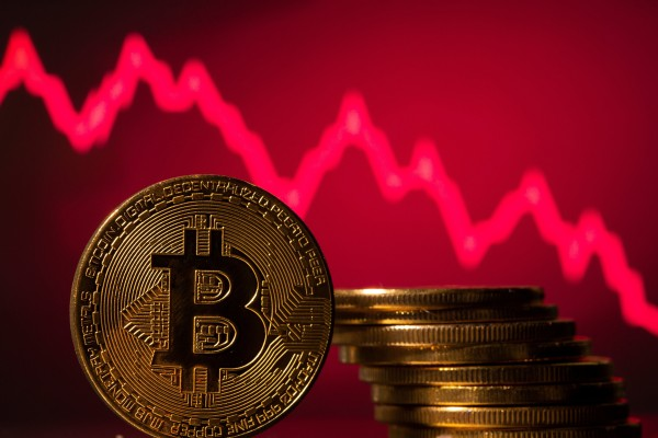 State media Xinhua reminded consumers not to believe in the 'myth of wealth creation' from the speculative trading of cryptocurrencies. Photo: Reuters