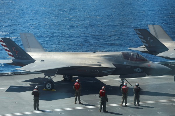 F-35B Lightning II jets are seen on the deck of the HMS Queen Elizabeth aircraft carrier. Photo: Reuters