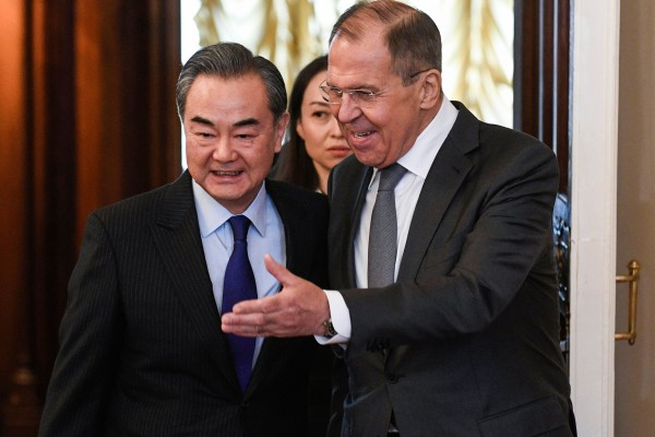 Chinese Foreign Minister Wang Yi (left) thanked his Russian counterpart Sergey Lavrov (right) for his stand against the US on the origins of the coronavirus. Photo: AFP