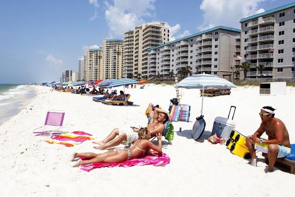 Tourists at a beach in Perdido Key, Florida. File photo: Reuters