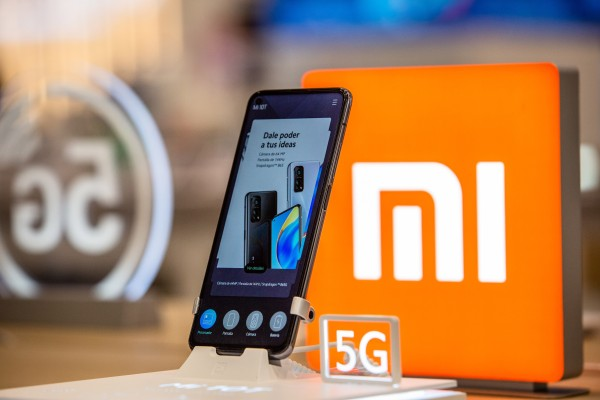 A Xiaomi Mi 5G smartphone is on display inside a store in Barcelona, Spain in January 2020. Photo: Bloomberg