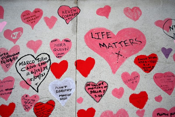 Tributes to lives lost at the Covid-19 Memorial Wall in London, Britain. Photo: EPA
