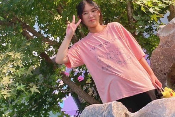 Li Boyi, 12, died about two weeks after having her first dose of a coronavirus vaccine. Photo: Weibo
