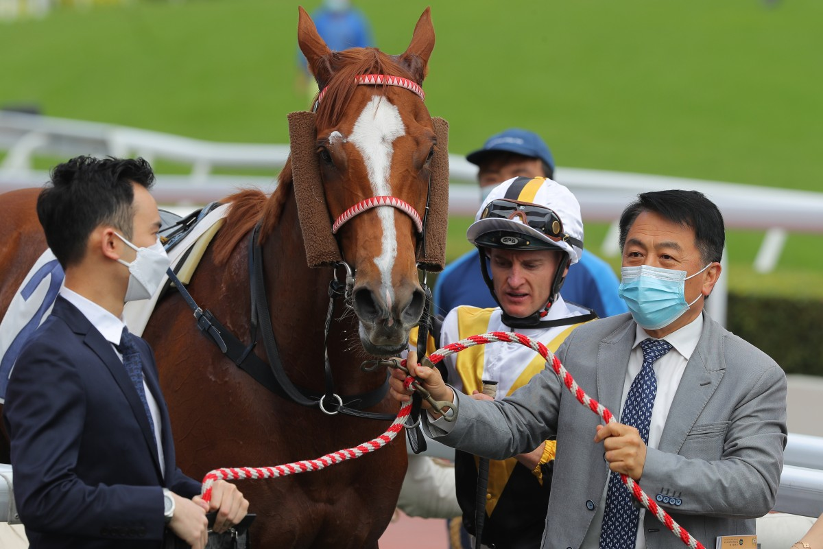 Trainer Ricky Yiu with Czarson after a victory this season. Photos: Kenneth Chan