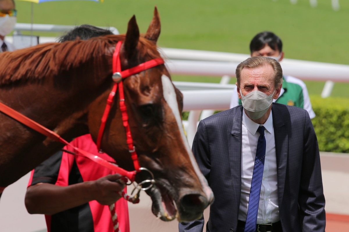 John Size looks over Blaze Warrior after his debut win at Sha Tin on Sunday. Photos: Kenneth Chan