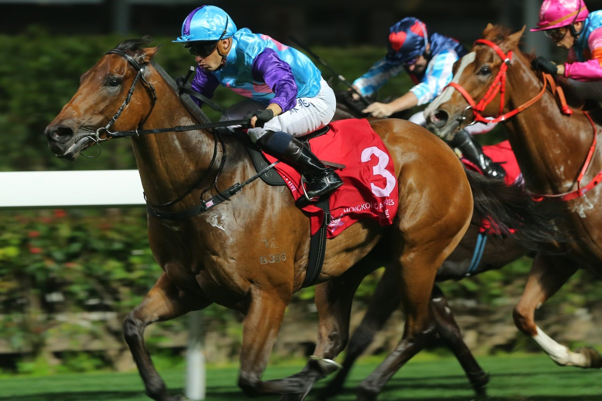 Music Addition races clear to win easily at Happy Valley two starts ago. Photos: Kenneth Chan