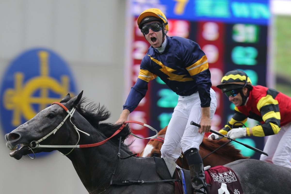 Chautauqua, ridden by Tommy Berry, wins the Chairman's Sprint Prize in 2016. Photos: Kenneth Chan
