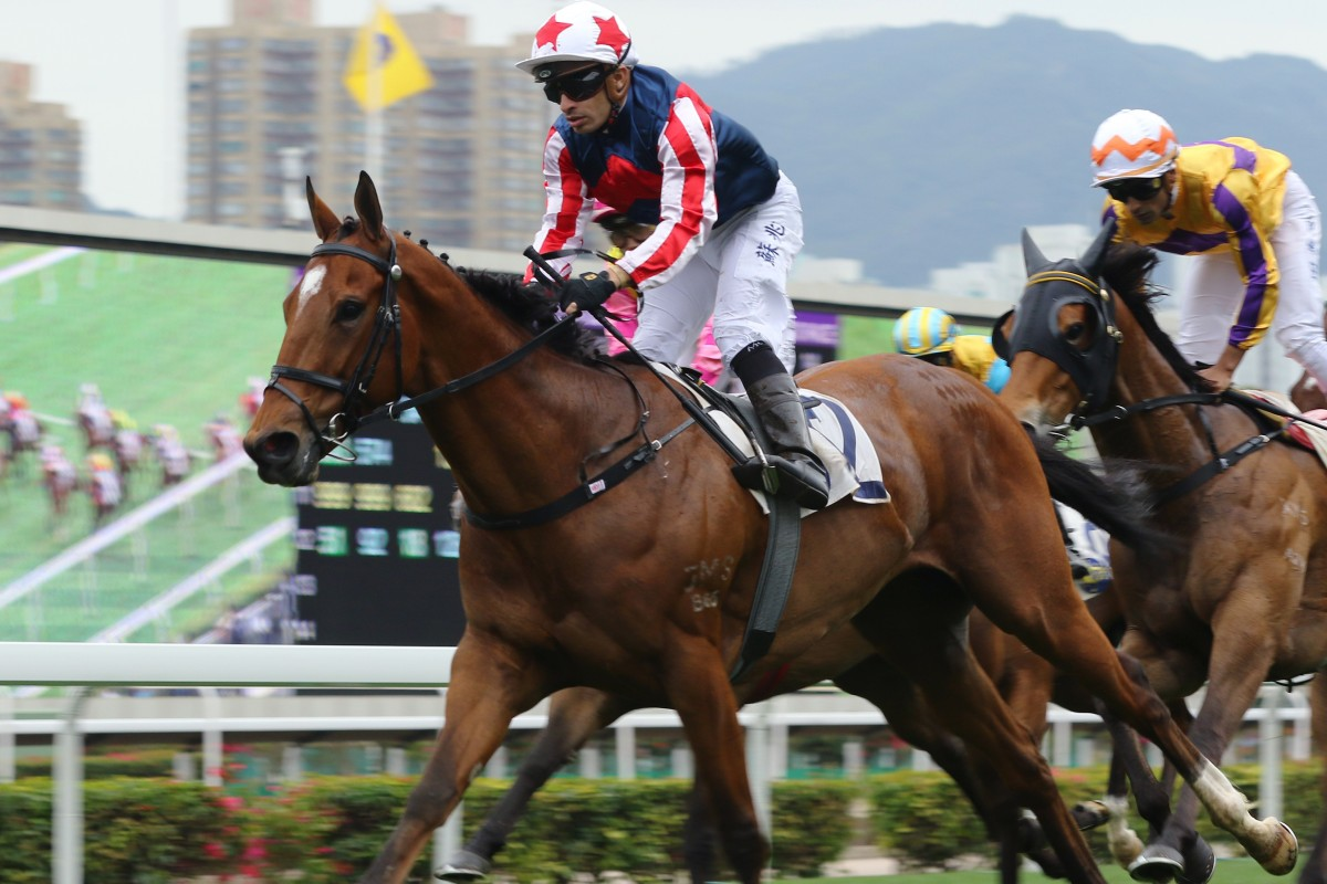 Refined Treasure races away to win up the straight under jockey Silvestre de Sousa. Photos: Kenneth Chan