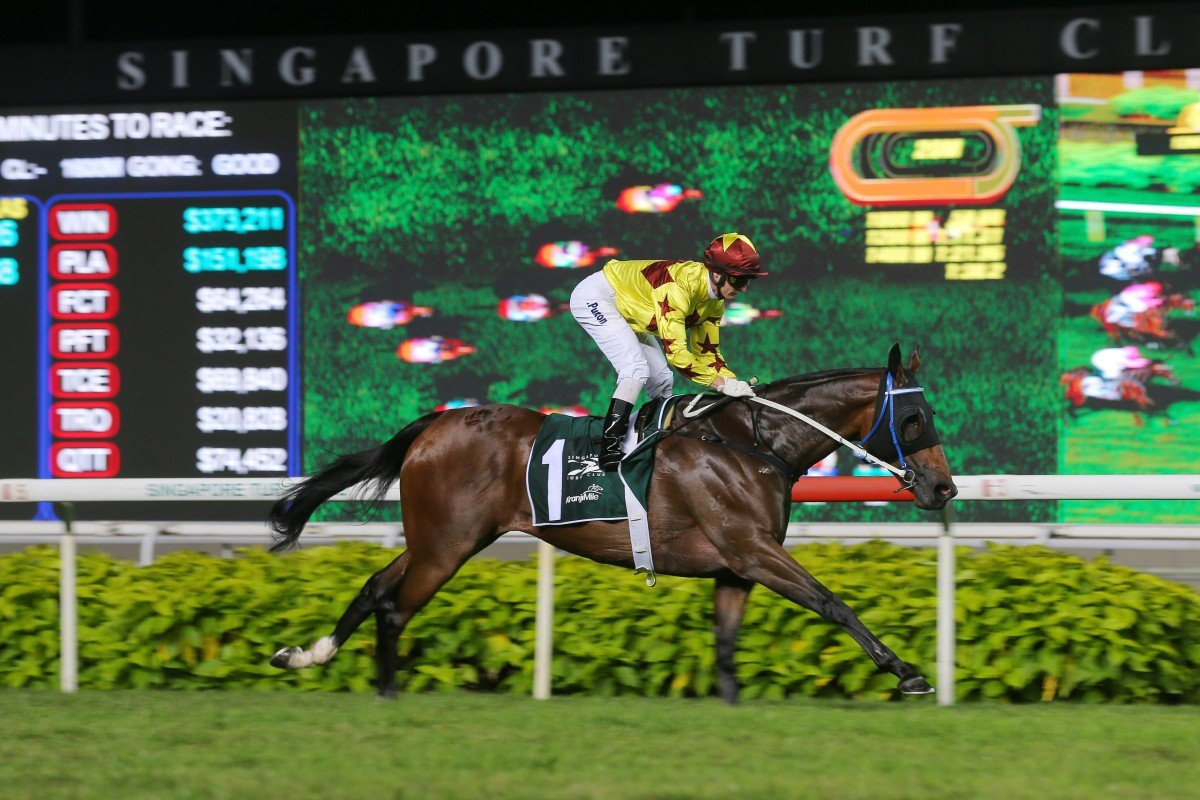 Zac Purton cruises to victory aboard Southern Legend in the Kranji Mile. Photos: Kenneth Chan