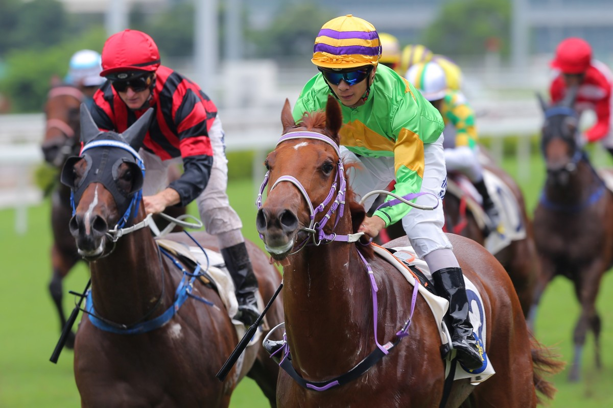 Derek Leung guides Classic Unicorn to victory at Sha Tin on Sunday. Photos: Kenneth Chan