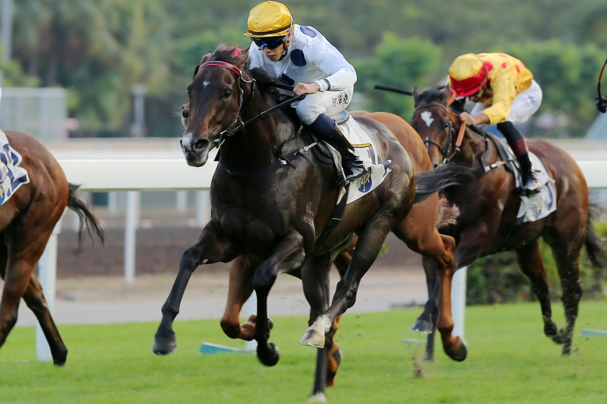 Golden Sixty (centre) kicks clear in the straight at Sha Tin on Saturday. Photos: Kenneth Chan