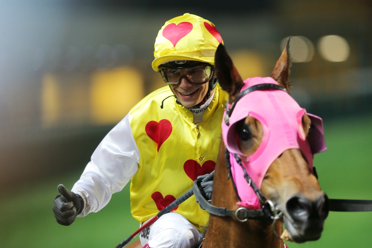 Alexis Badel is all smiles during his big night out at Happy Valley. Photos: Kenneth Chan