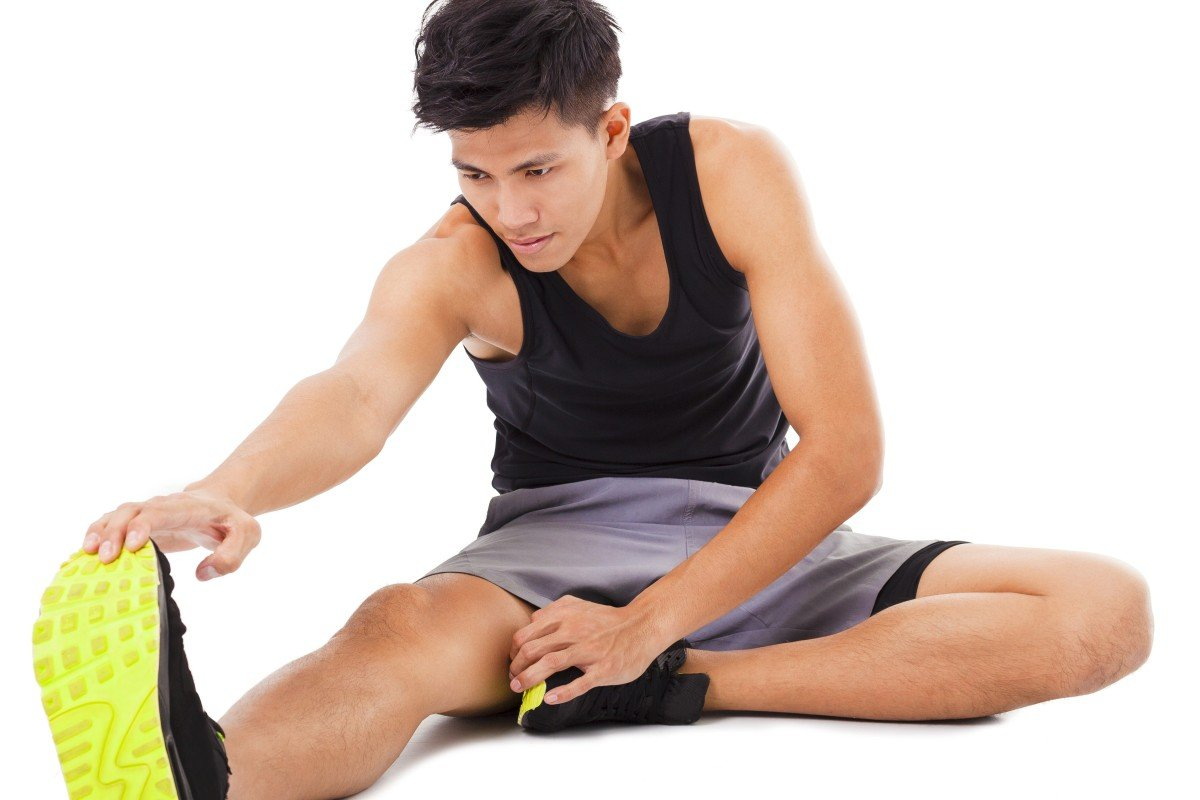 Stretch at the end of a run is an easy way to start recovering and avoiding stiffness. Photo: Shutterstock