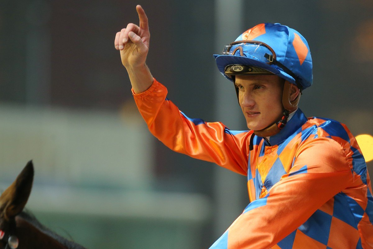 Chad Schofield celebrates a winner at Happy Valley. Photos: Kenneth Chan