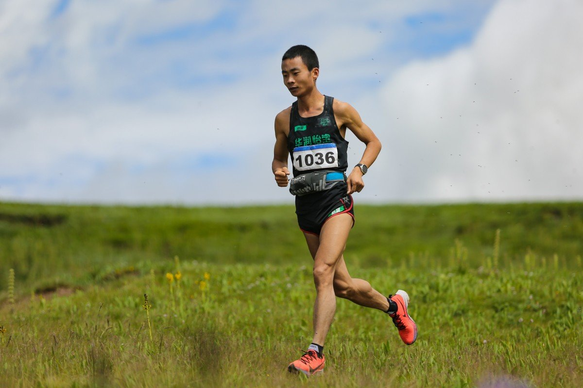 You Peiquan on his way to winning a race at high altitude in Qinghai even though he lives at sea level where the surroundings are flat. Photo: Handout