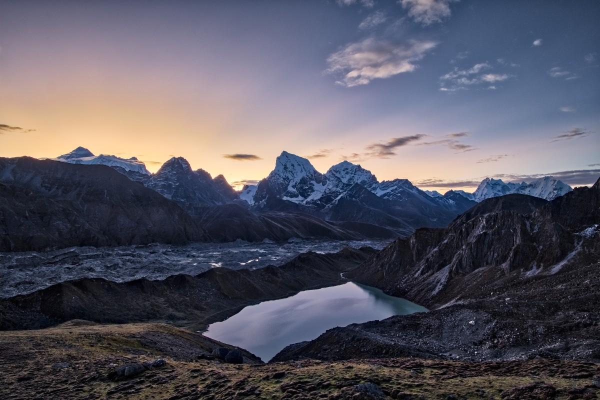 Nobody scaled Mount Everest this winter. Photo: Frank Bienewald/LightRocket via Getty Images