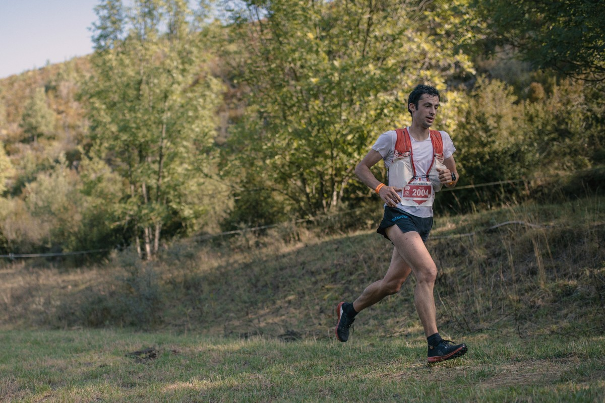 Kilian Jornet once went five days without food so he does not panic if he misses an aid station during a race. Photo: Sergi Colomé
